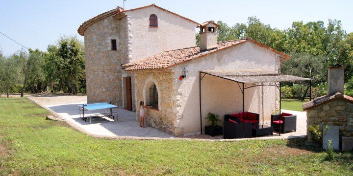 Holiday Villa in Saint Cezaire Sur Siagne: Review