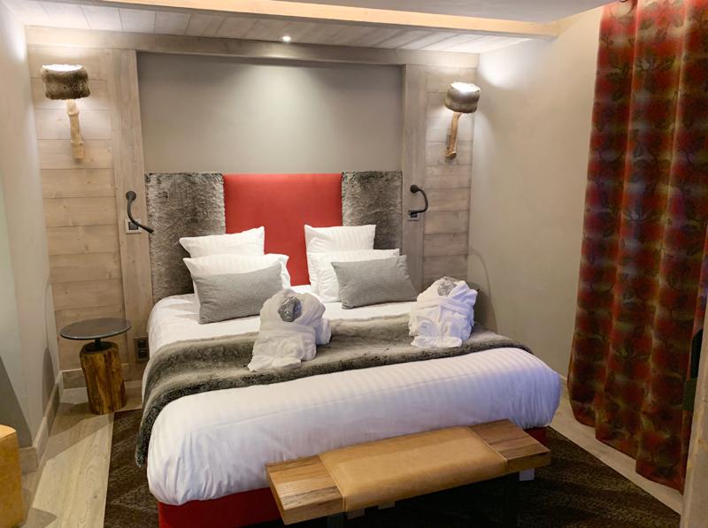 Hotel Alexane bedroom