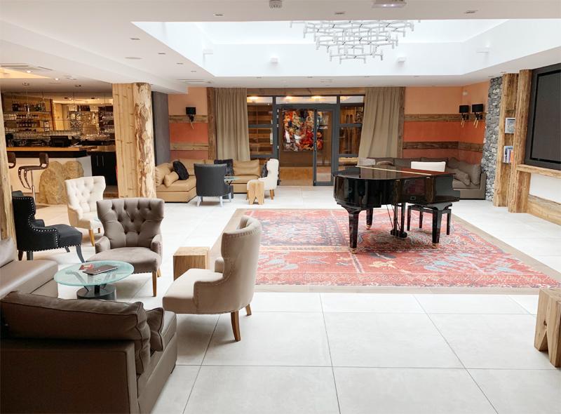 Hotel Alexane Lobby